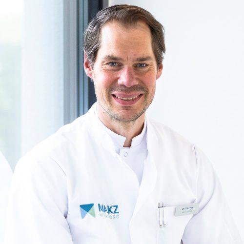 Dr. L. M. Vos