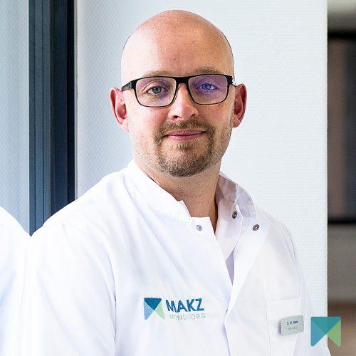 Dr. W. Nesse